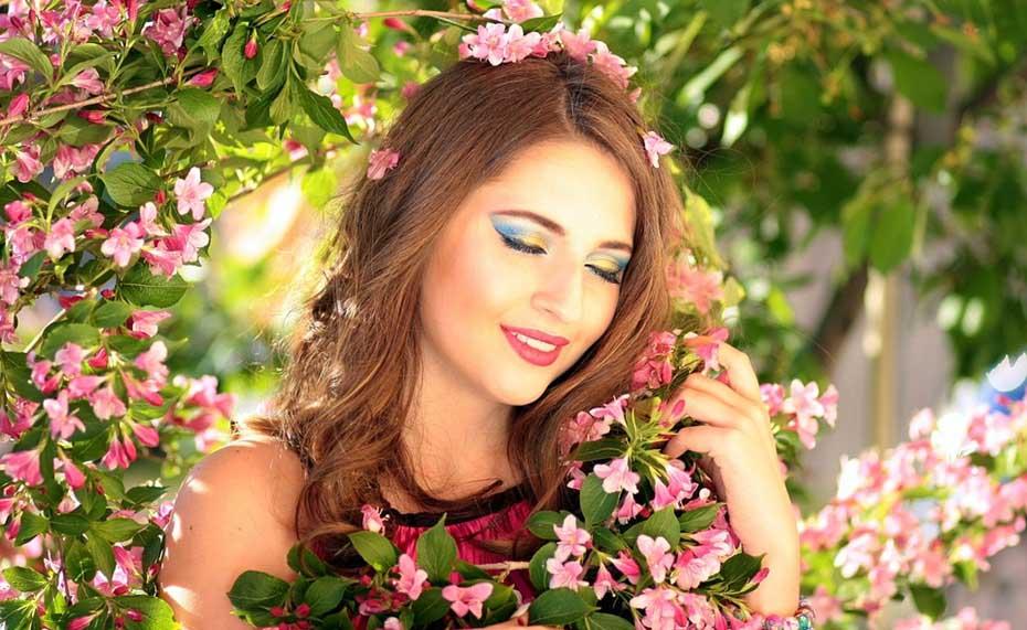 girl-1360890_960_720