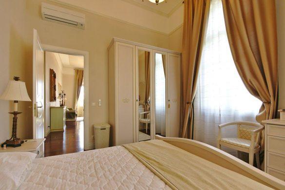 Dom i stil by Dogma: Apartmani u Vili Belvedere