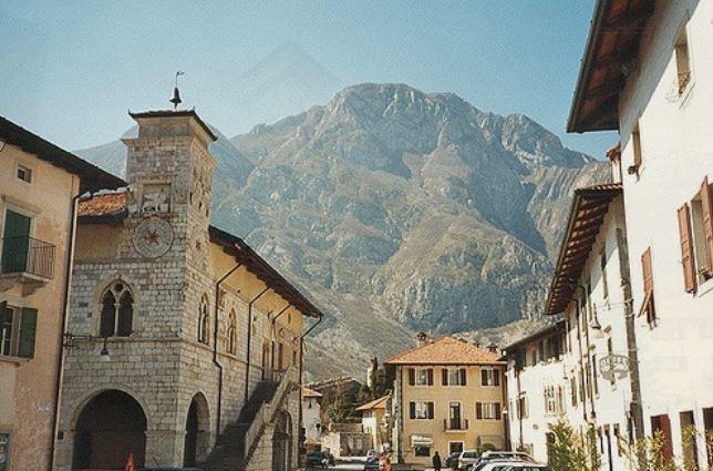 Adriatic Active Tours vas vodi u Venzone, na Bundevijadu i Stazu dvoraca