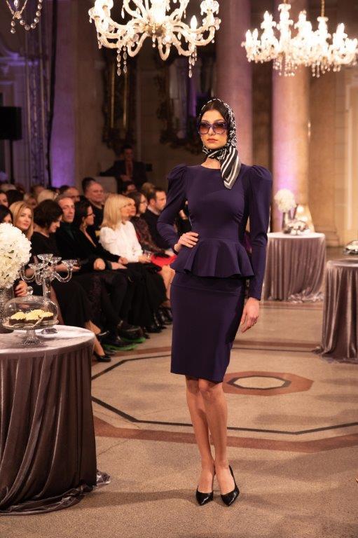Velika foto galerija: 7 dizajnera Guvernerovu palaču pretvorilo u palaču mode
