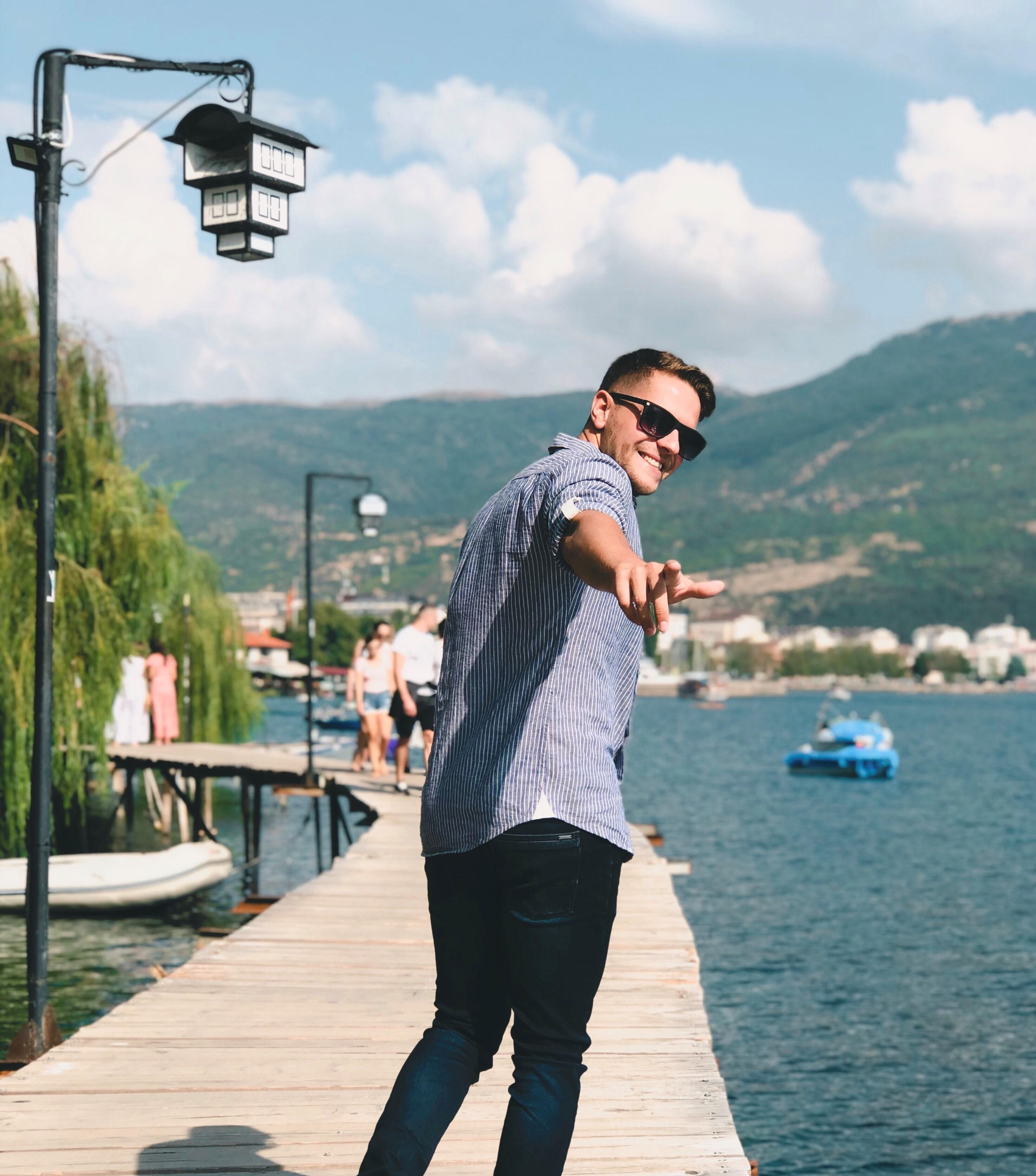 Tošini producenti pronašli su ovog dečka u Hrvatskoj! Slijedi li ovom mladiću velika regionalna karijera?