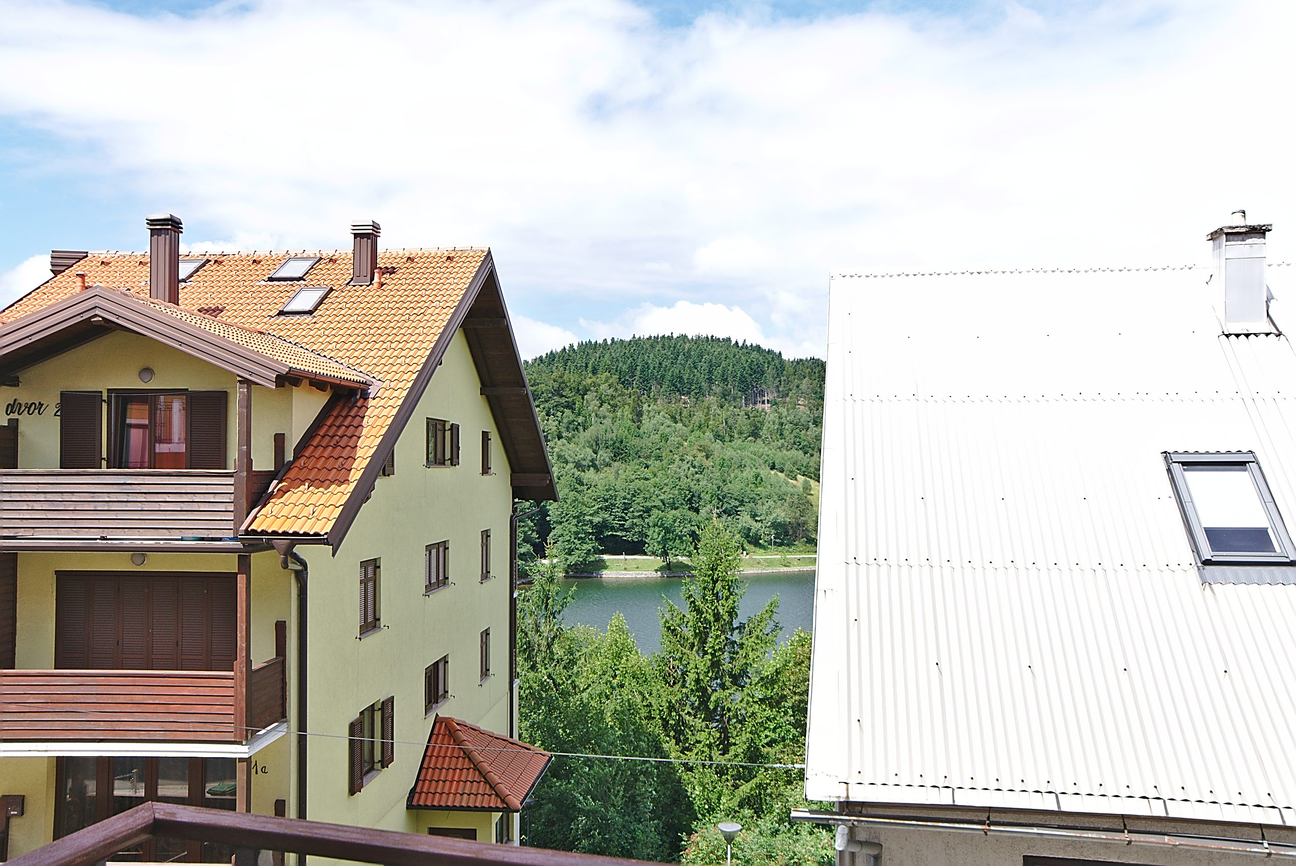 Dom i stil by Dogma: Goransko utočište u Fužinama