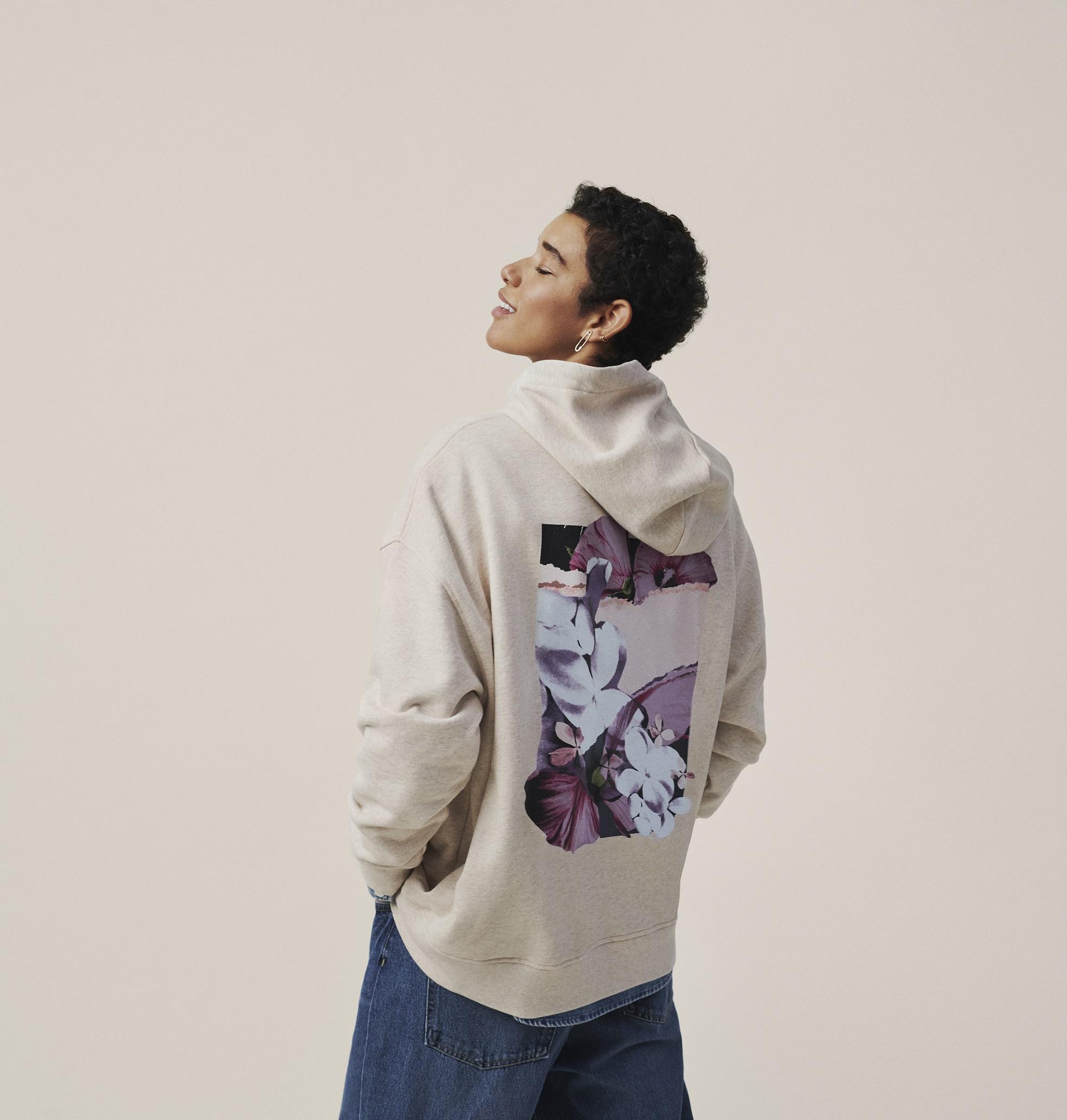 H&M i Helena Christensen kreirali capsule kolekciju