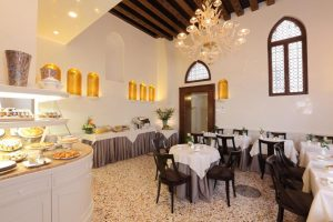Breakfast room Palazzo Stern