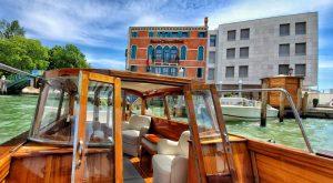 Santa Chiara Hotel boat