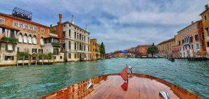 boat Accademia