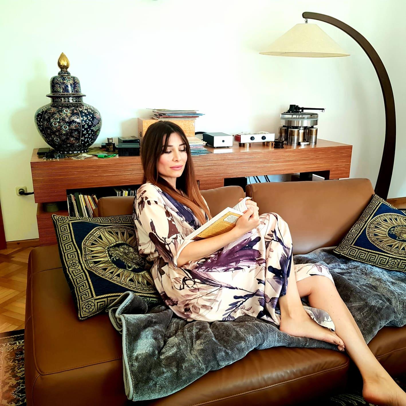 #Ostanidoma Extravagant homestyle: Damira Broz