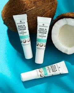 essence_nail &cuticle cream