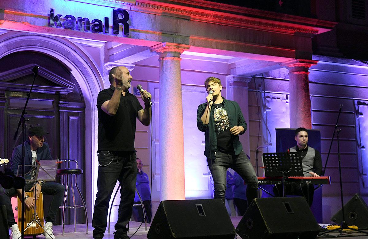 """Prvi koncert nakon dugo vremena u gradu koji teče; humanitarni koncert """"Sve za našu djecu"""" Udruge Riječko srce"""