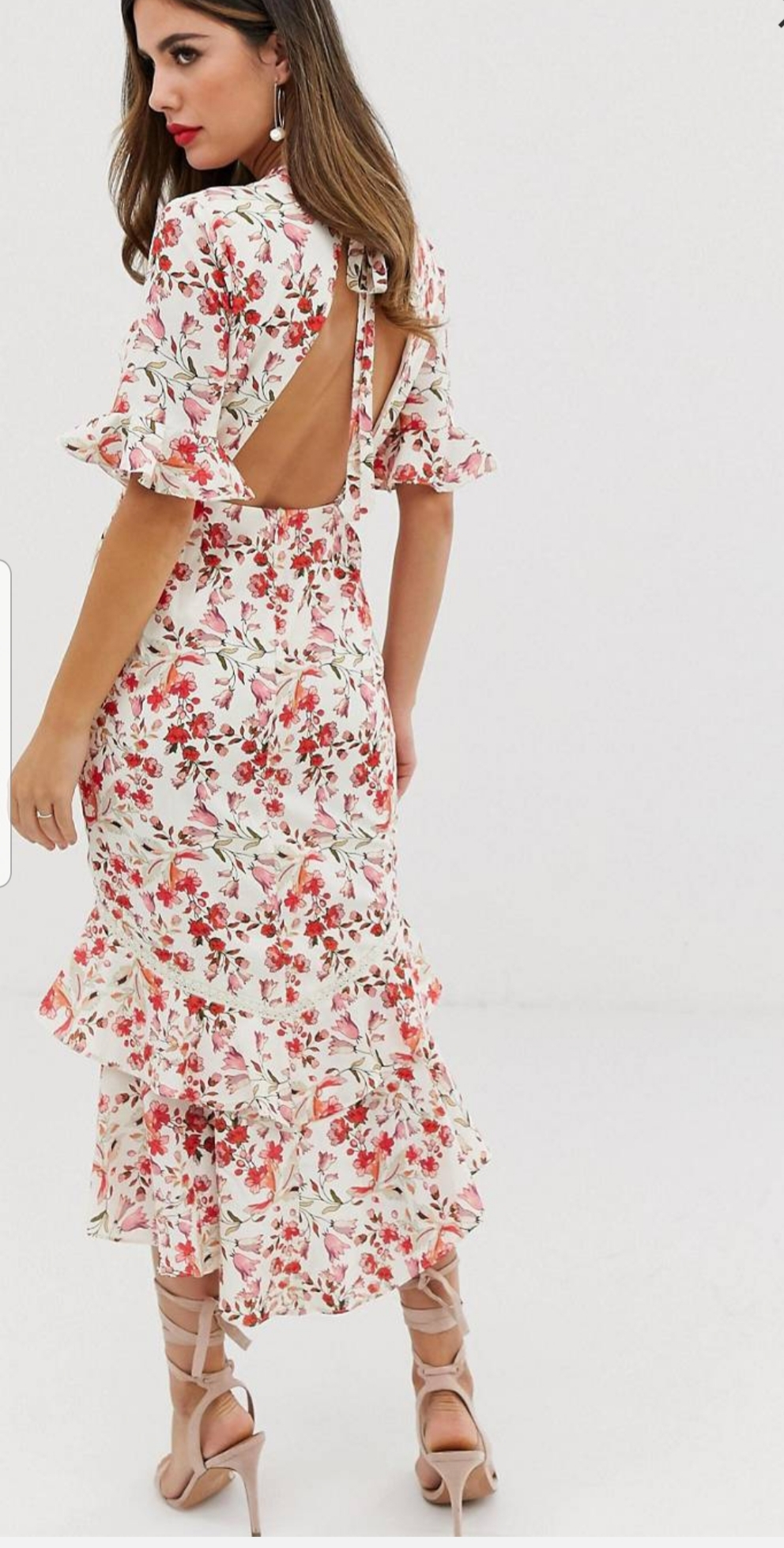 6 haljina otvorenih leđa koje želimo odmah