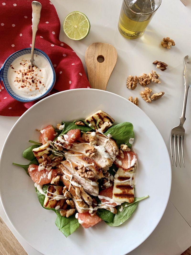 M&M cuisine preporučuje: SALATA S PILETINOM, GREJPOM I BABY ŠPINATOM