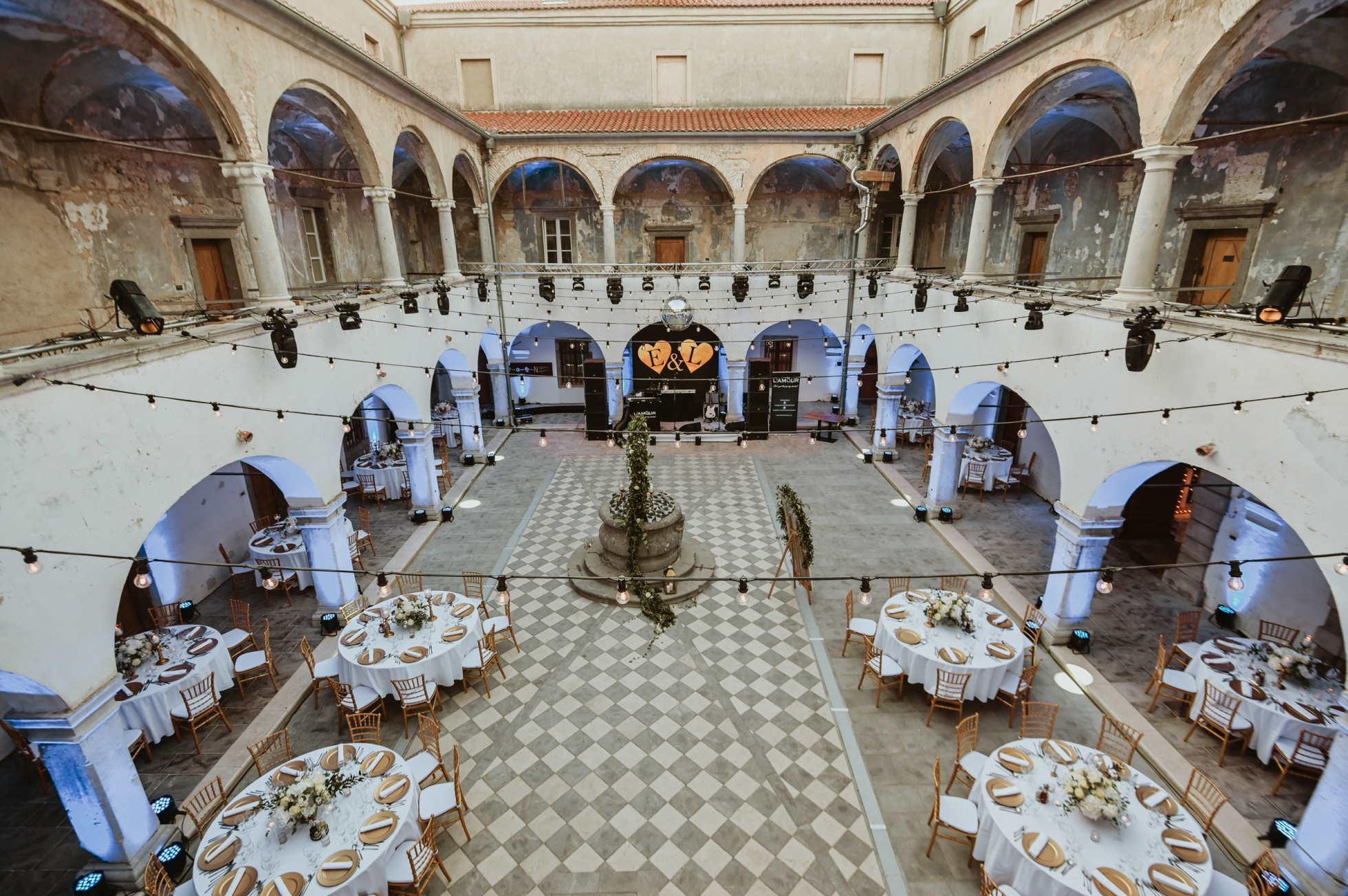 Ljubav iz vrtića okrunjena vjenčanjem: Luka Milardović i Ema Margetić Milardović