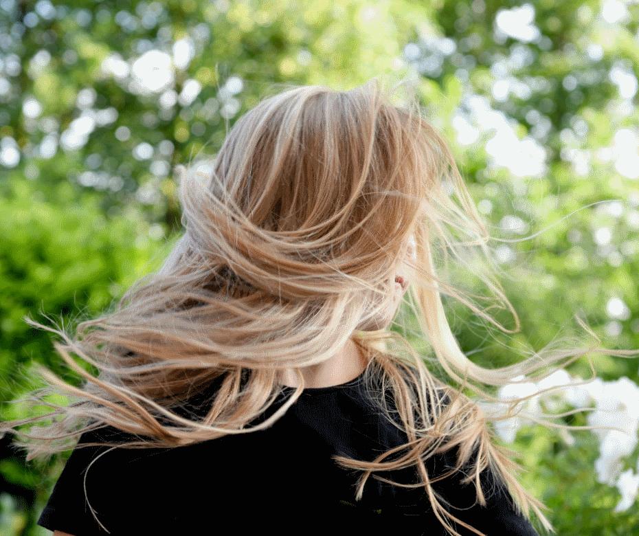 Što svakoj kosi treba, a posebno ljeti: detoks kose i vlasišta u 4looku!