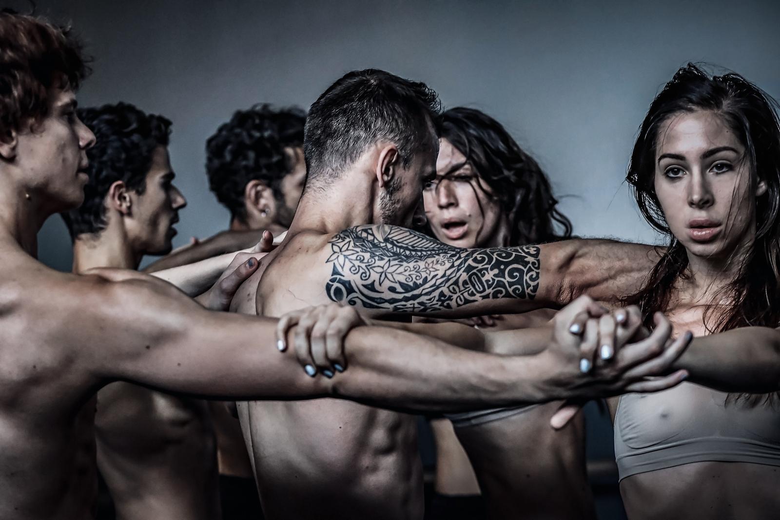 """""""Plamteća voda"""" riječkog Baleta - ples suprotnosti uz jake emocije i snažnu umjetničku poruku"""