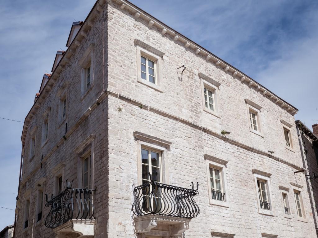 Savršen bijeg od stvarnosti nalazi se u Šibeniku; Heritage Hotel Life Palace