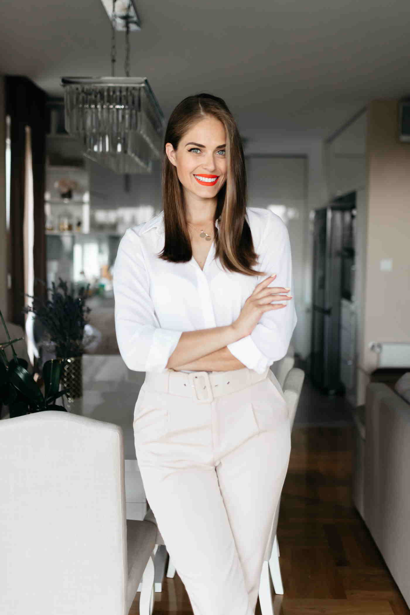 Od suradnje s Kardashianima, preko Europskog parlamenta do vlastitog biznisa: Mia Antunović