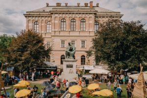 Strossmayer nadgleda festival