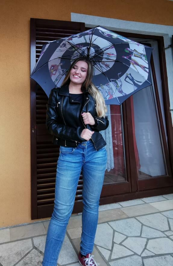 Outfit dana: Terezija Petrić