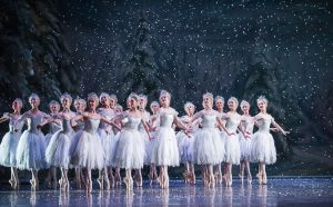 Nutcracker-7-12-15-Royal Ballet-ROH-2585 (c) 2015 ROH. Photo by Tristram Kenton