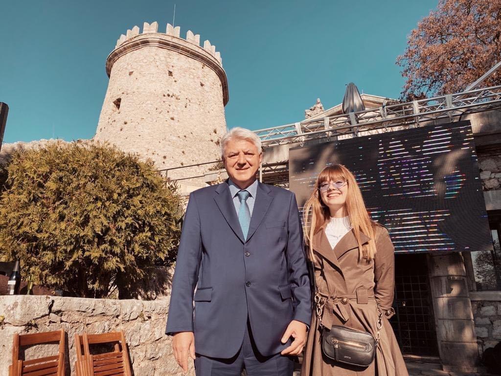 Predstavljen novi videospot za svečanu pjesmu Primorsko-goranske županije: Mia Negovetić veličanstvena kao Ana Katarina Frankopan