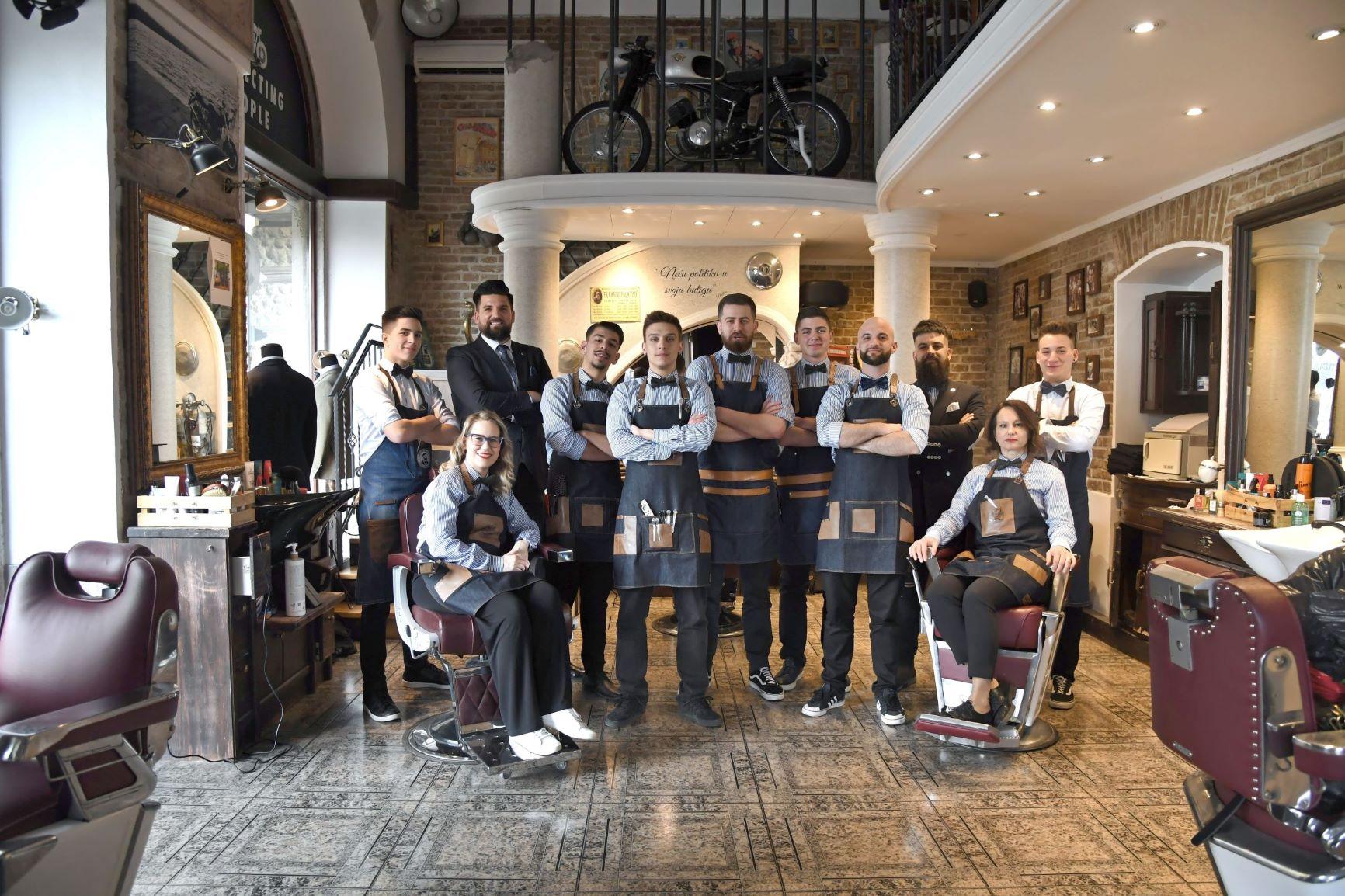 Ženski pogled na Movember: Gentlemen's Shop