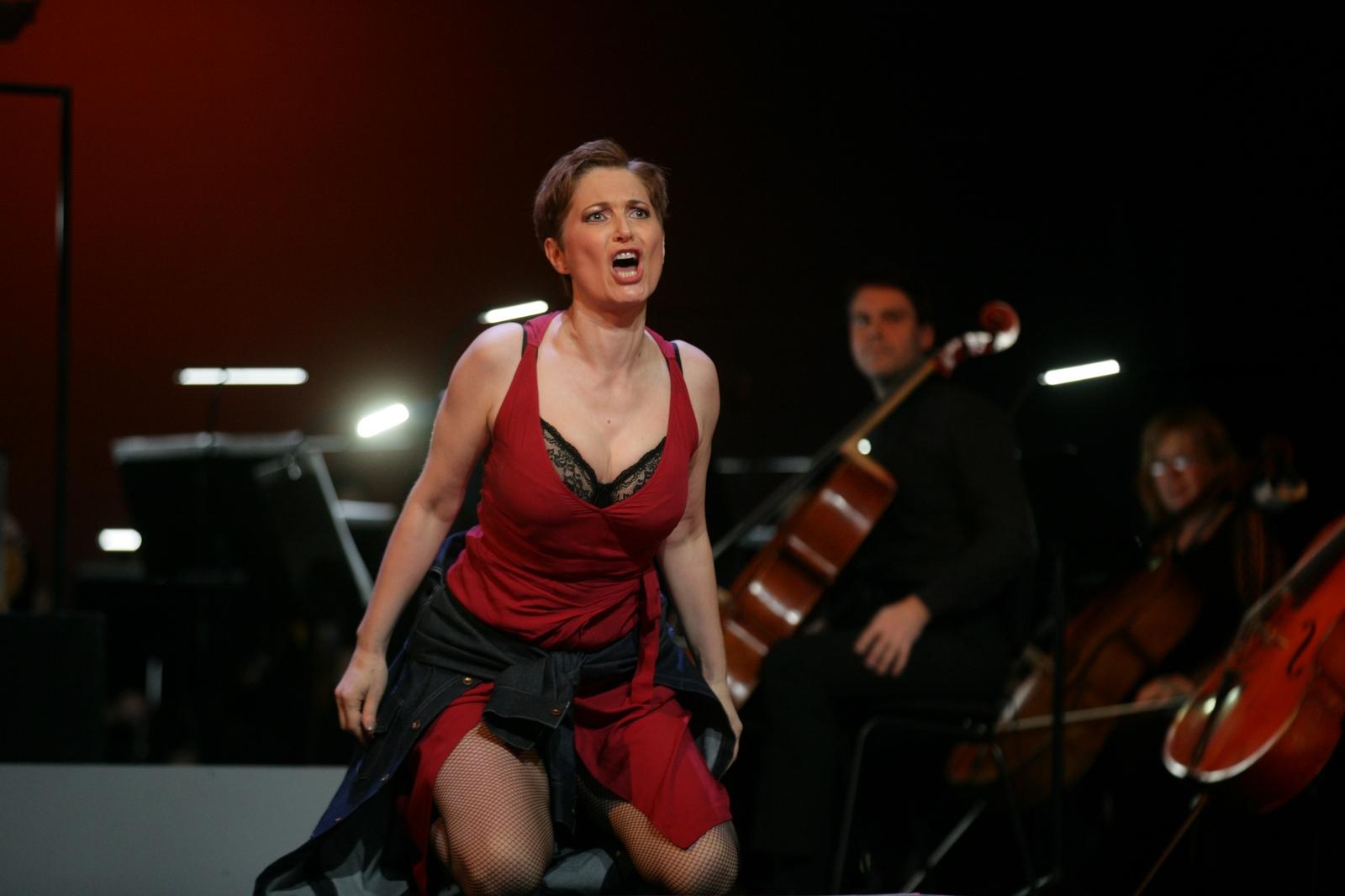 """Sentimentalna i ironična, bolna i brutalna: Bizetova """"Carmen"""" sutra premijerno u riječkom """"Zajcu"""""""