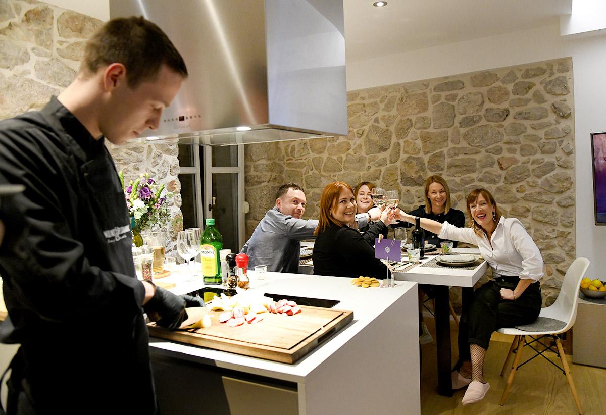 Extravagant gastro: Chef's table