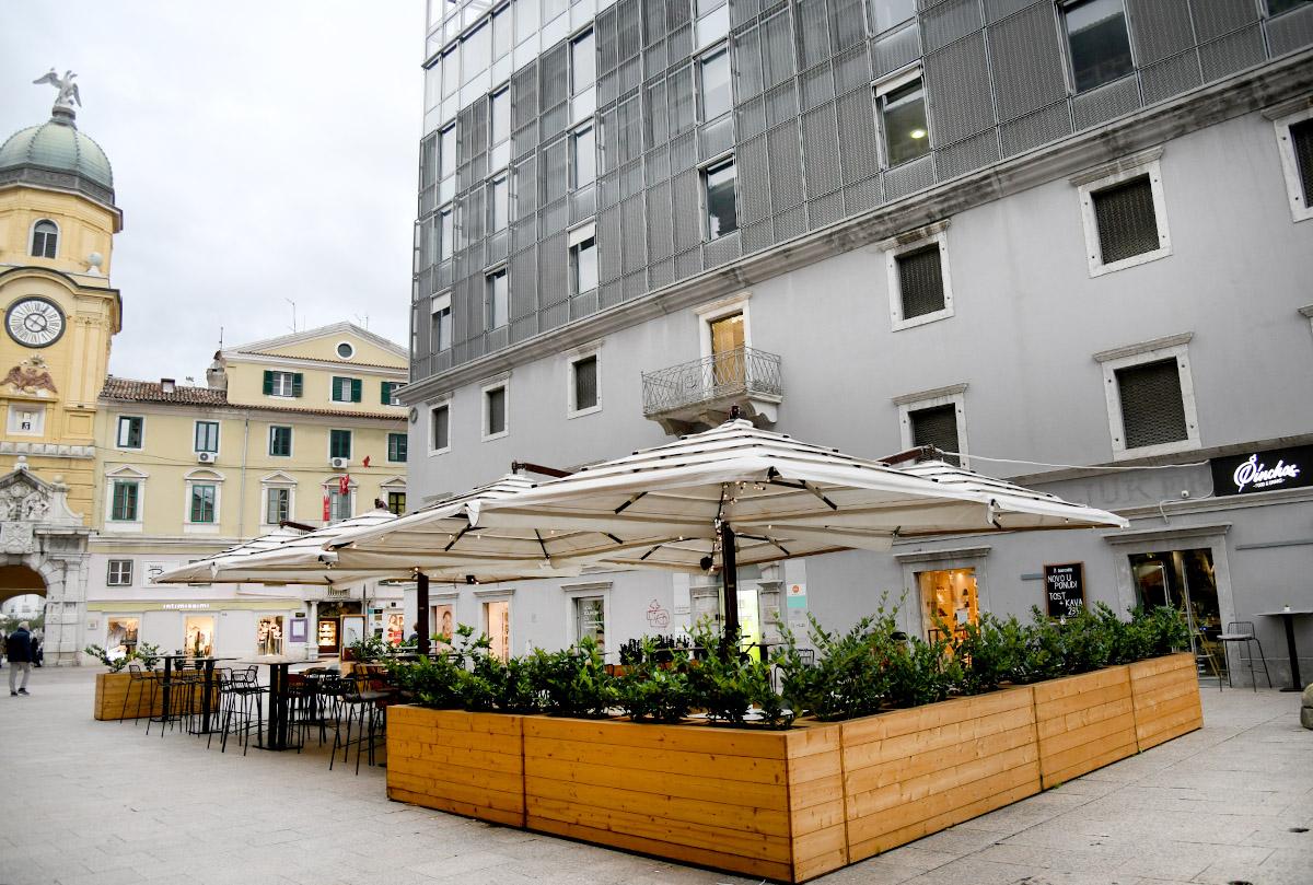 Extravagant recenzije: Pinchos Food & Drinks je idealno mjesto u centru Rijeke s finim zalogajima za svačije nepce!