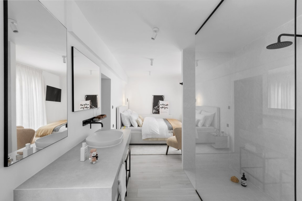 Mladi dizajner interijera Stjepan Čagalj dvokatnicu u srcu Zagreba pretvorio je u modernu minimalističku oazu