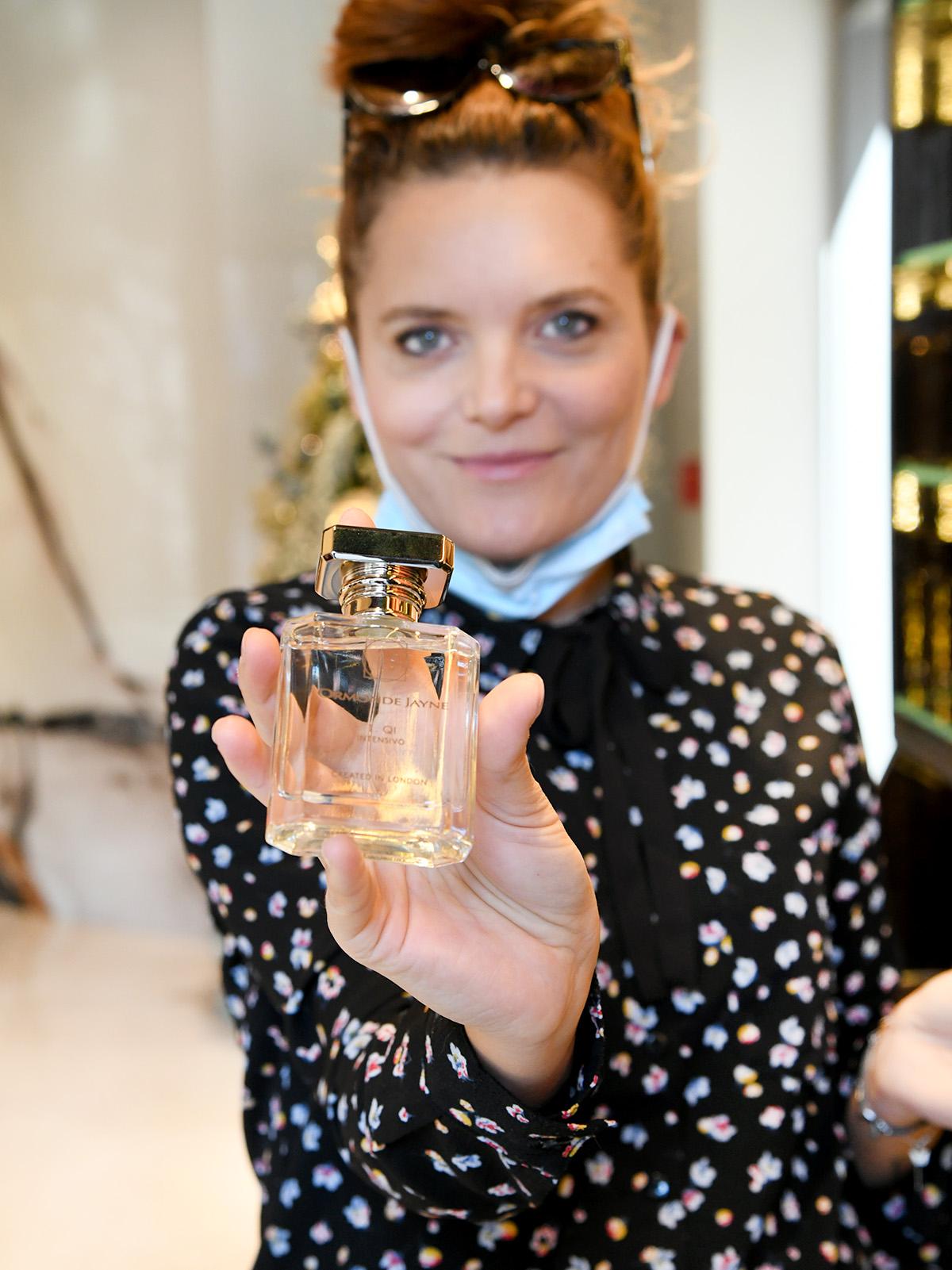 """Extravagant recenzije: """"U svakoj bočici parfema sadržan je cijeli svijet."""" Mi smo svoj svijet pronašle u Amber Niche Store-u!"""