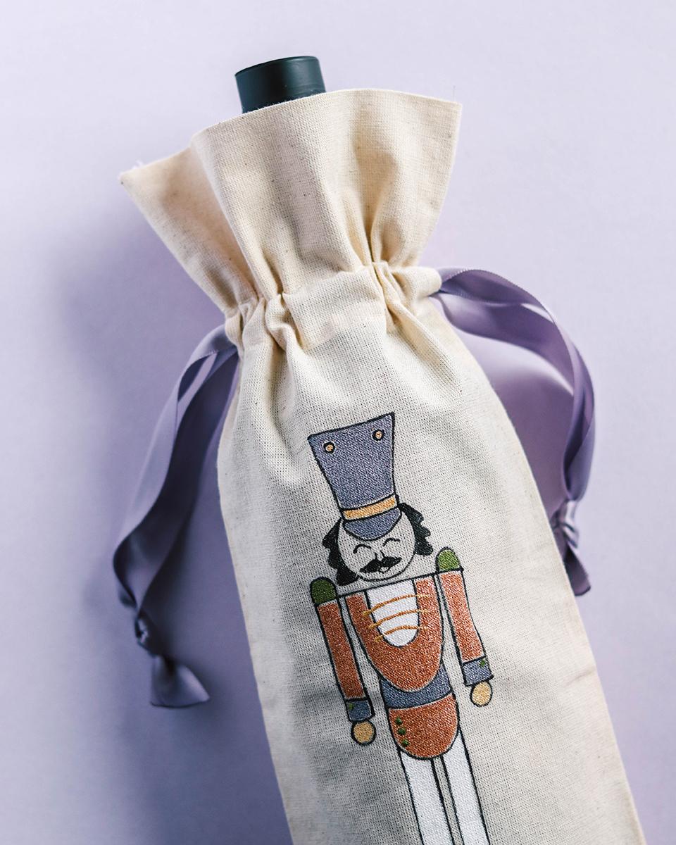 """Rukom oslikane Shuz. platnene vrećice za vino """"točka su na i"""" vaših darova! Jedinstvene i neponovljive!"""