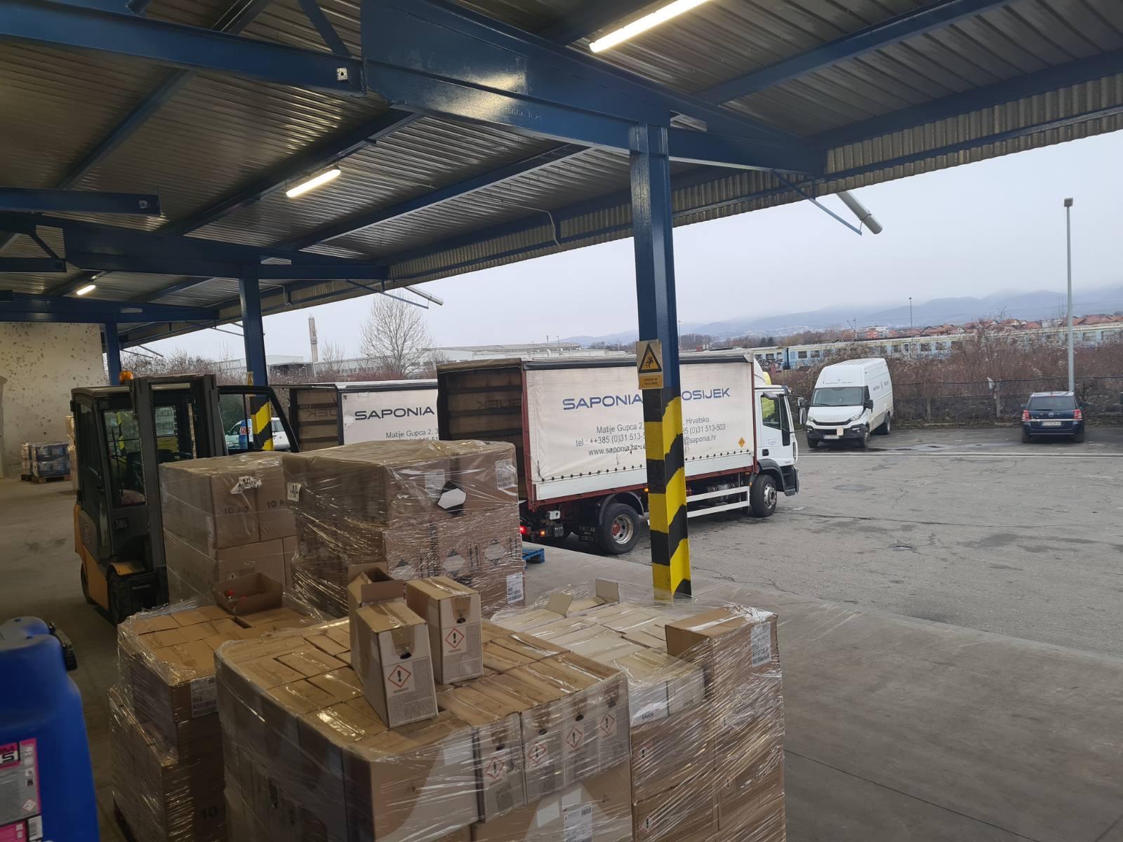 Saponia, Kandit i Koestlin – doniraju proizvode za bolnicu u Sisku