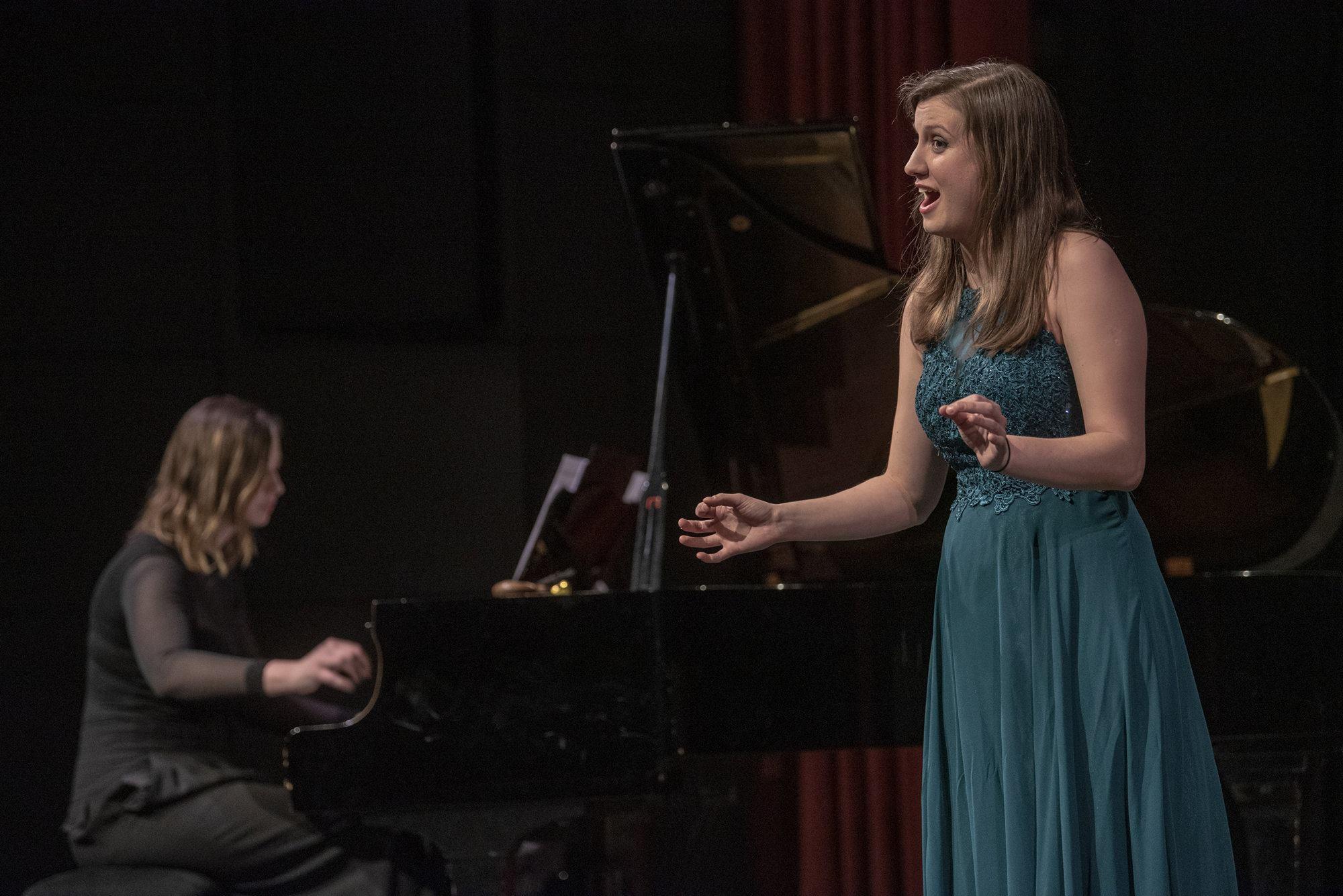 """Linda Uran: """"Svaki ton i akord u mojoj kaotičnoj glavi imaju boju, što mi pomaže kad komponiram"""""""