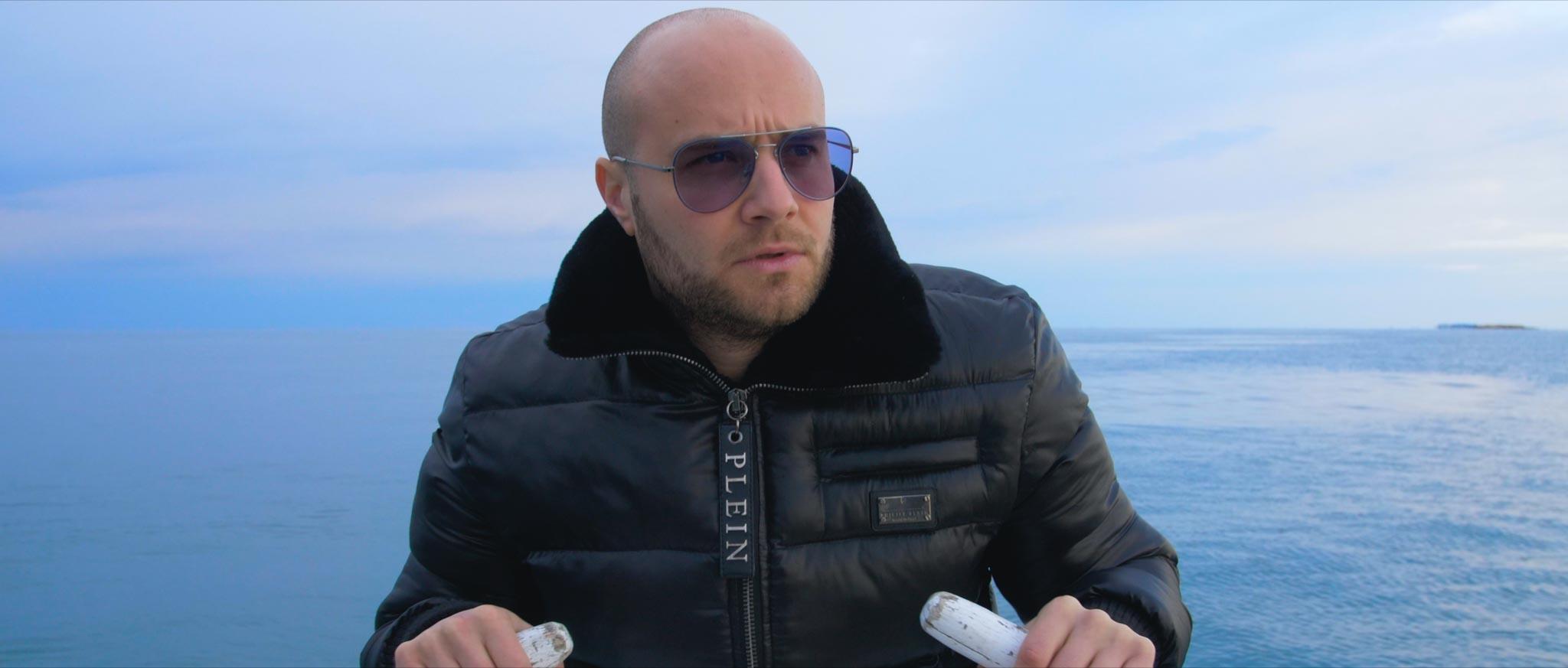 Istarski boksač uzeo mikrofon u ruke, pokazao svoju nježniju stranu pa snimio spot s poznatom influencericom