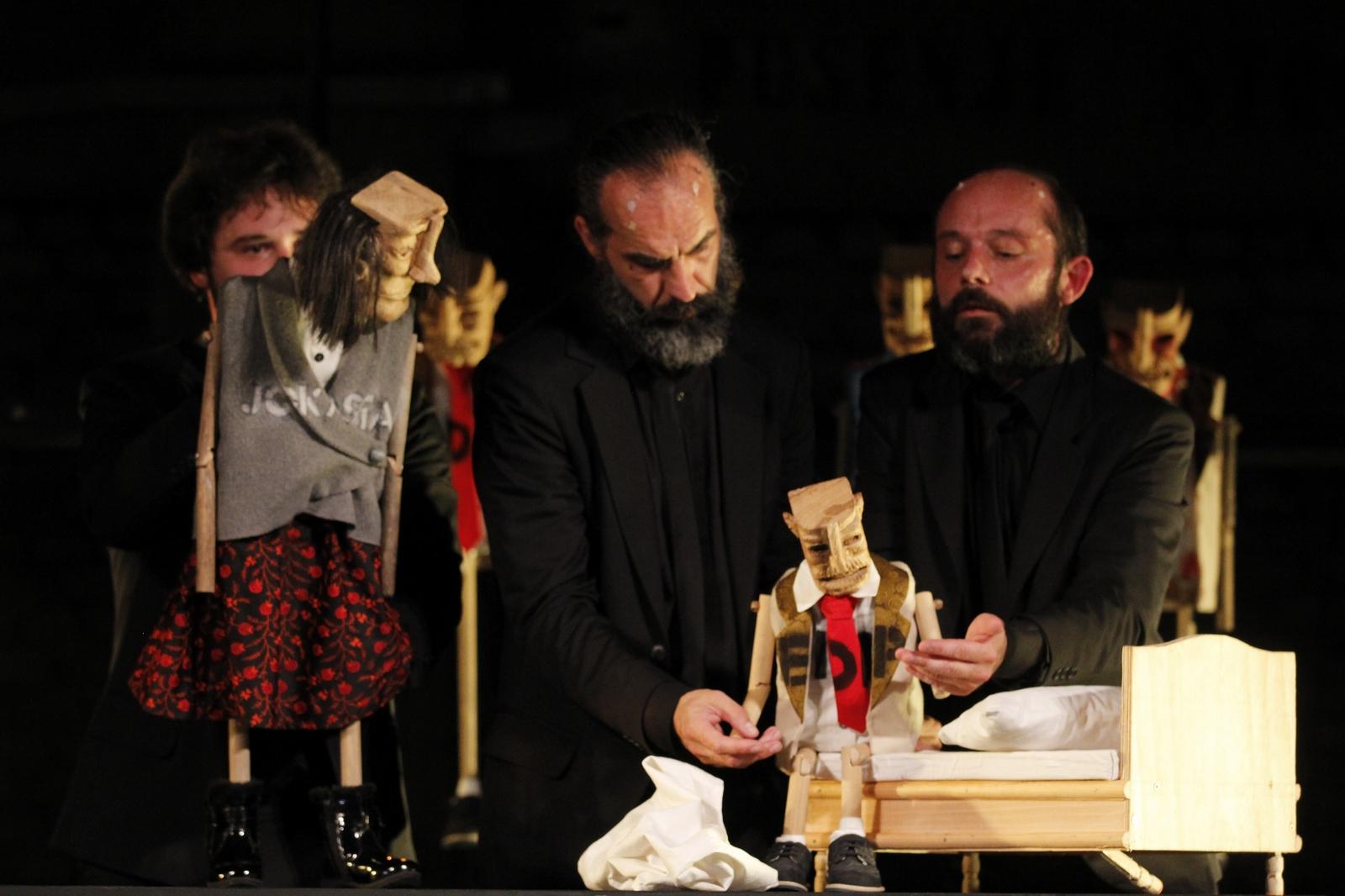 """Extravagant recenzije: pogledale smo najbolju kazališnu predstavu sezone - """"Kralj Edip"""""""