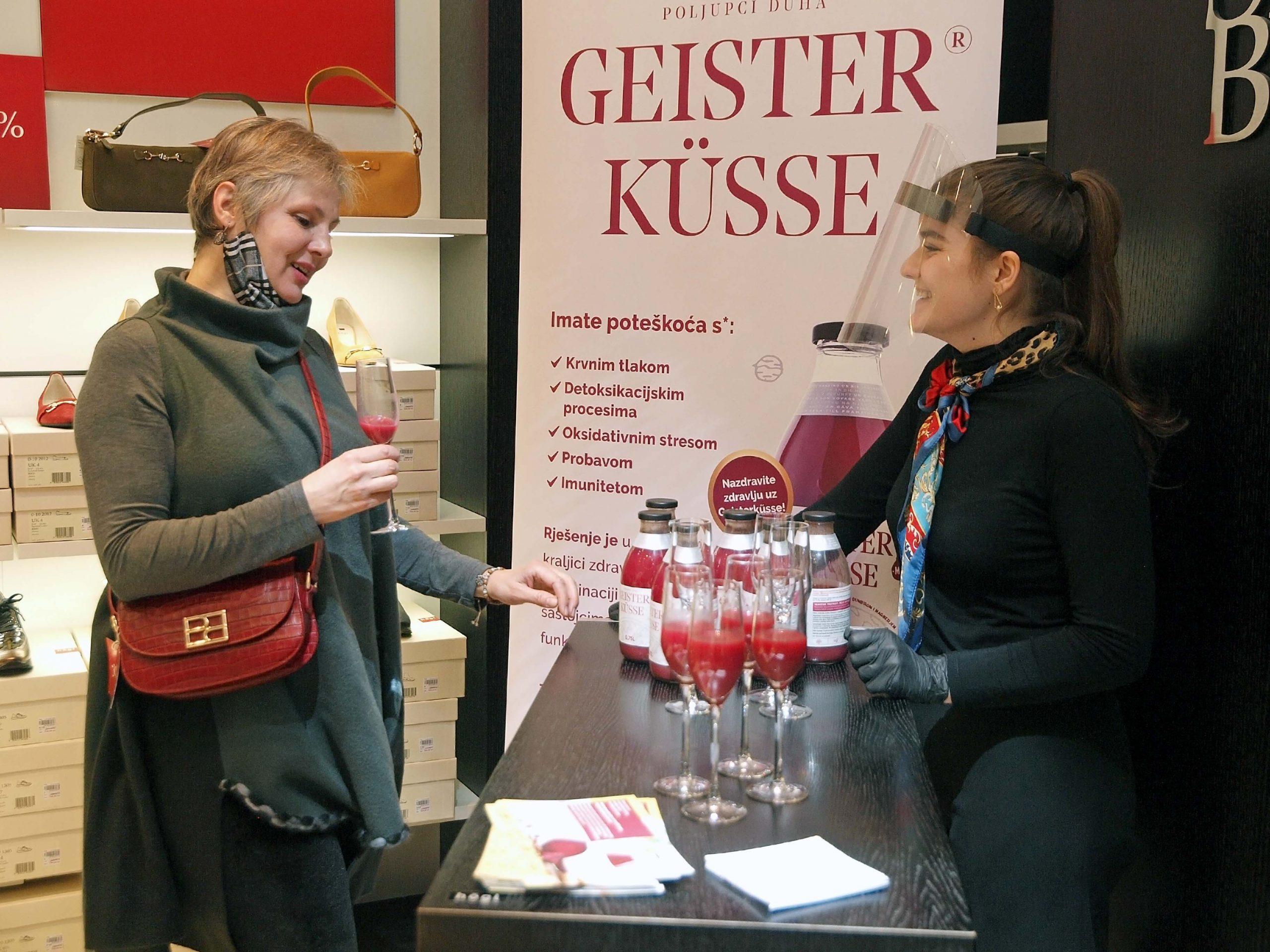 Uz funkcionalni napitak Geisterkűsse započelo modno proljeće u Högl-u