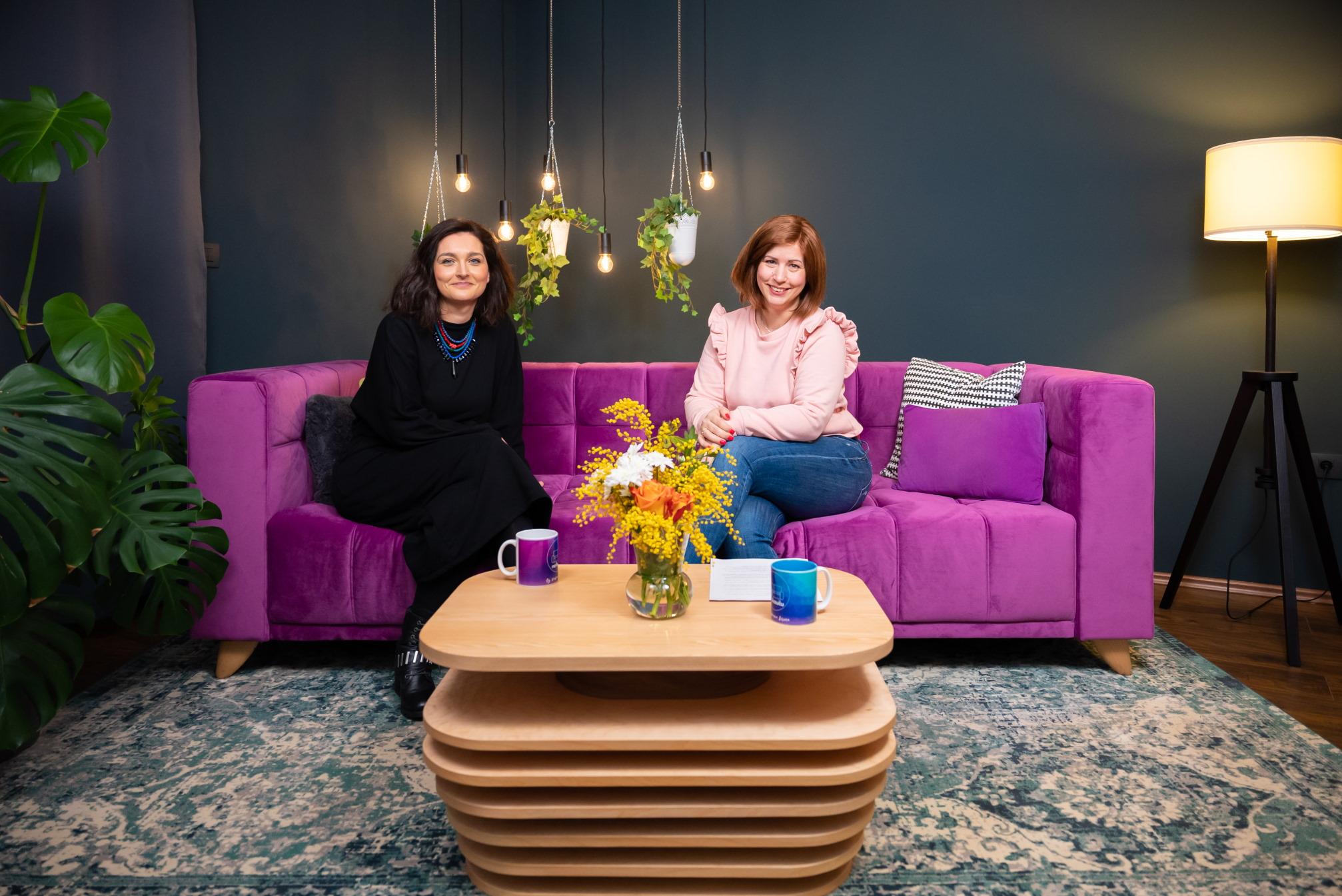 Psihologinja Rebeka Bulat gostuje u novoj epizodi NA KAUČU