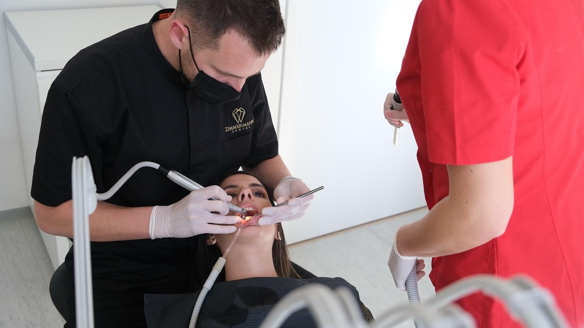 Zimmerman dental prva je ordinacija u Hrvatskoj koja je započela s izradom nakita za zube