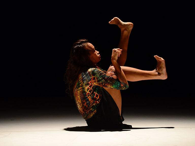 Doživite nezaboravno iskustvo plesne predstave snimljene tehnikom virtualne stvarnosti: Babae