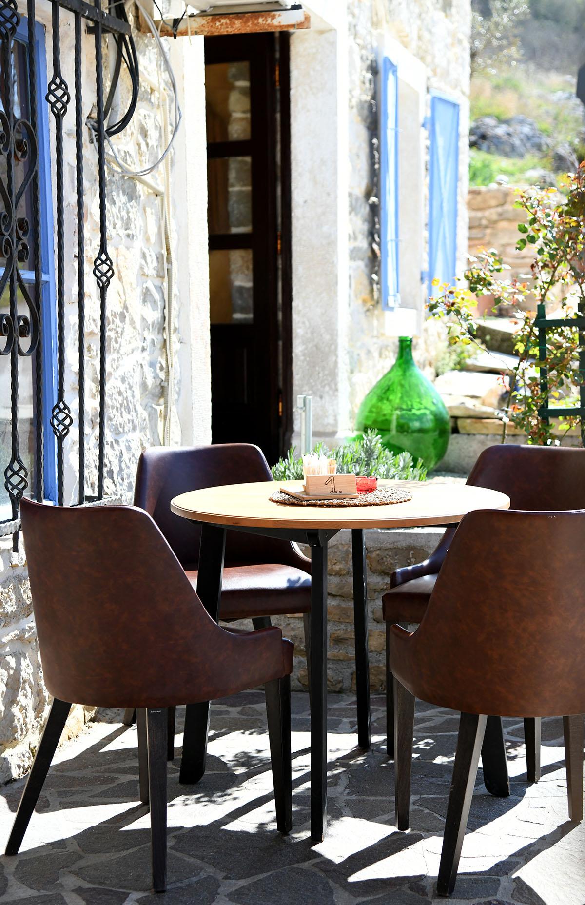 Osvojio nas je bed and breakfast u kamenom zdanju s plavim prozorima: Ponte Porton