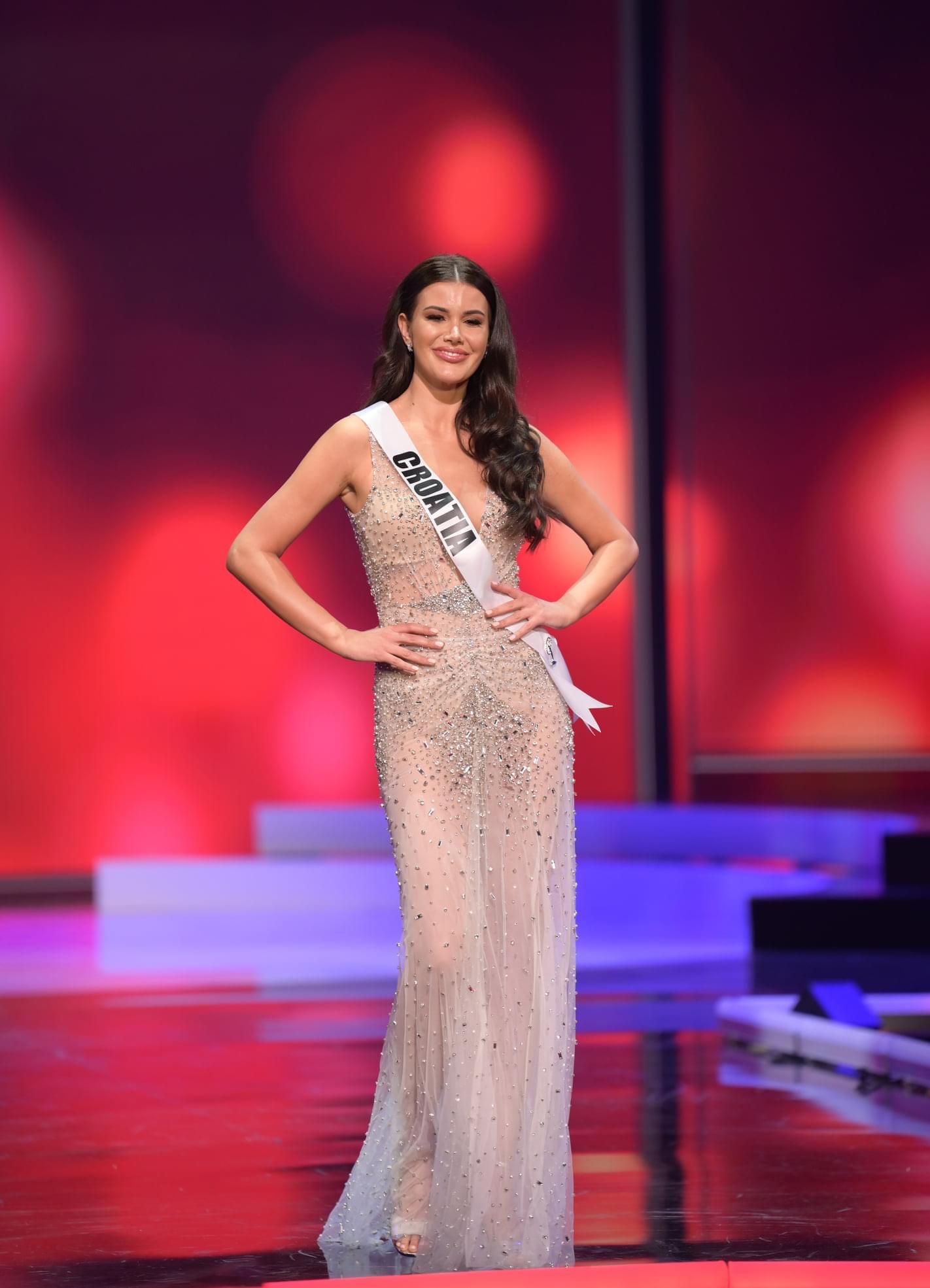Miss Universe 2020 je Meksikanka Andrea Meza