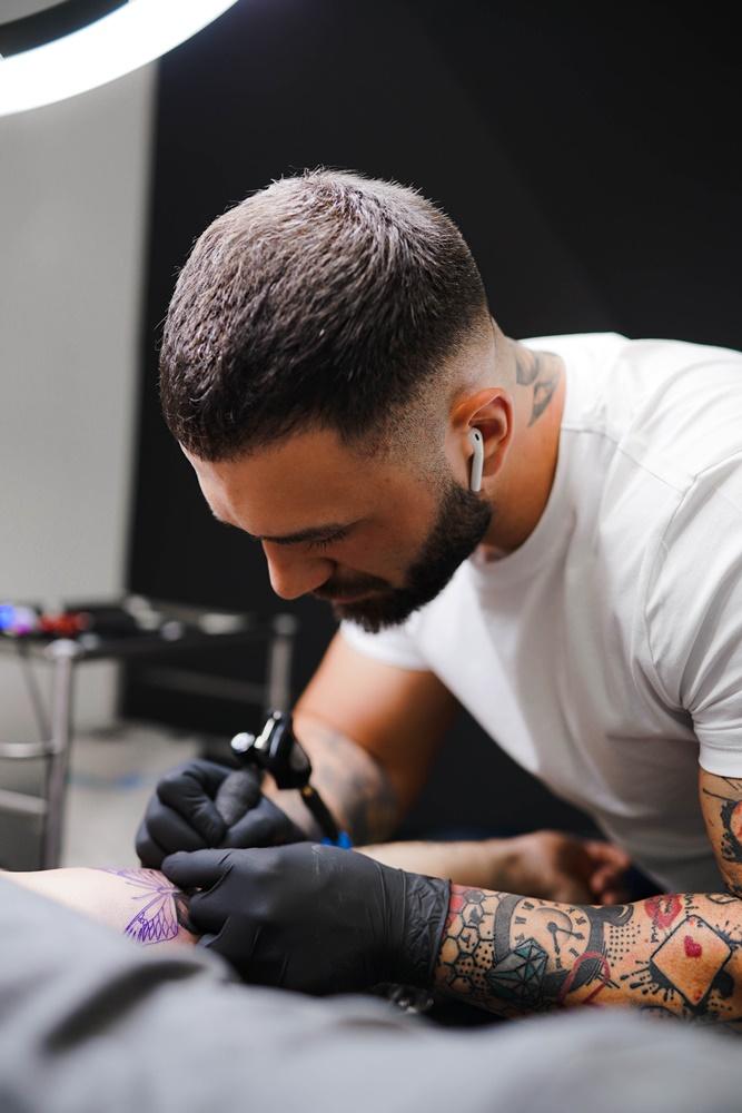 Znamo gdje ćete se poželjeti tetovirati i više nego jednom - Gato Nero Tattoo