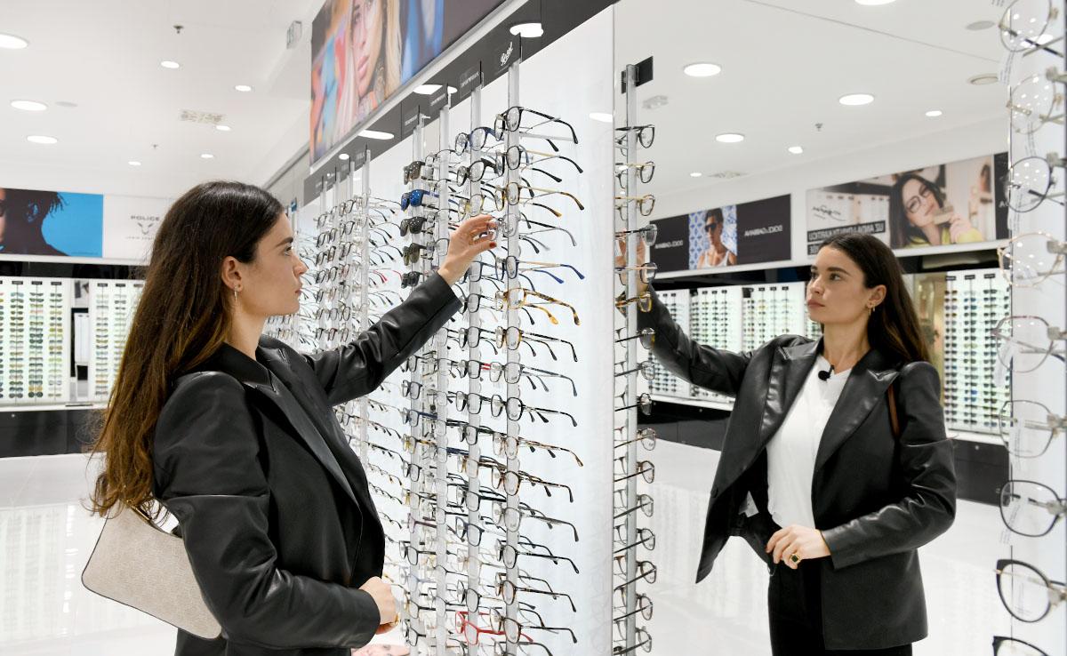 Extravagant health: Optika Anda