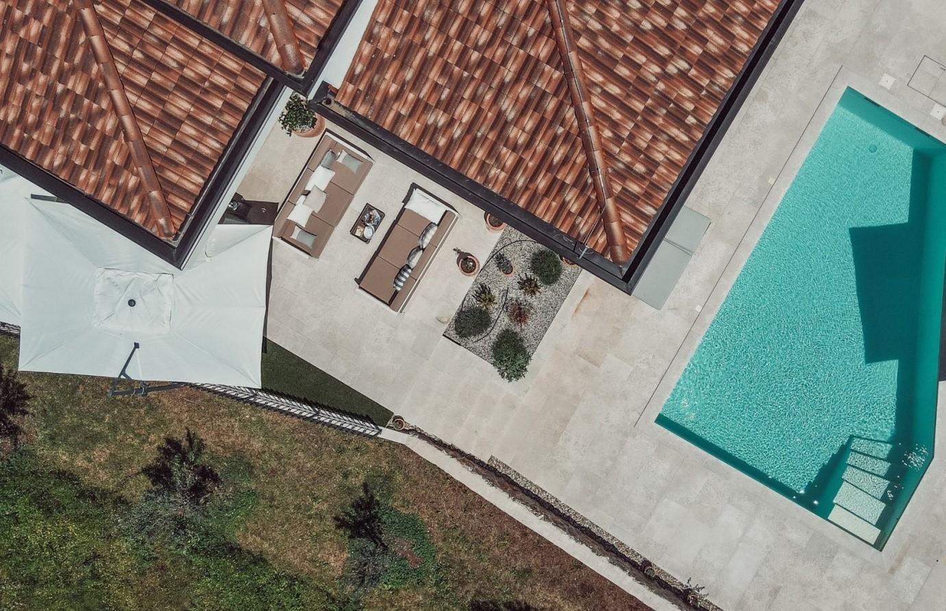 Agencija Contessa Villas zna kako zadiviti svoje klijente te im pružiti opuštajući odmor daleko od buke i svakodnevice