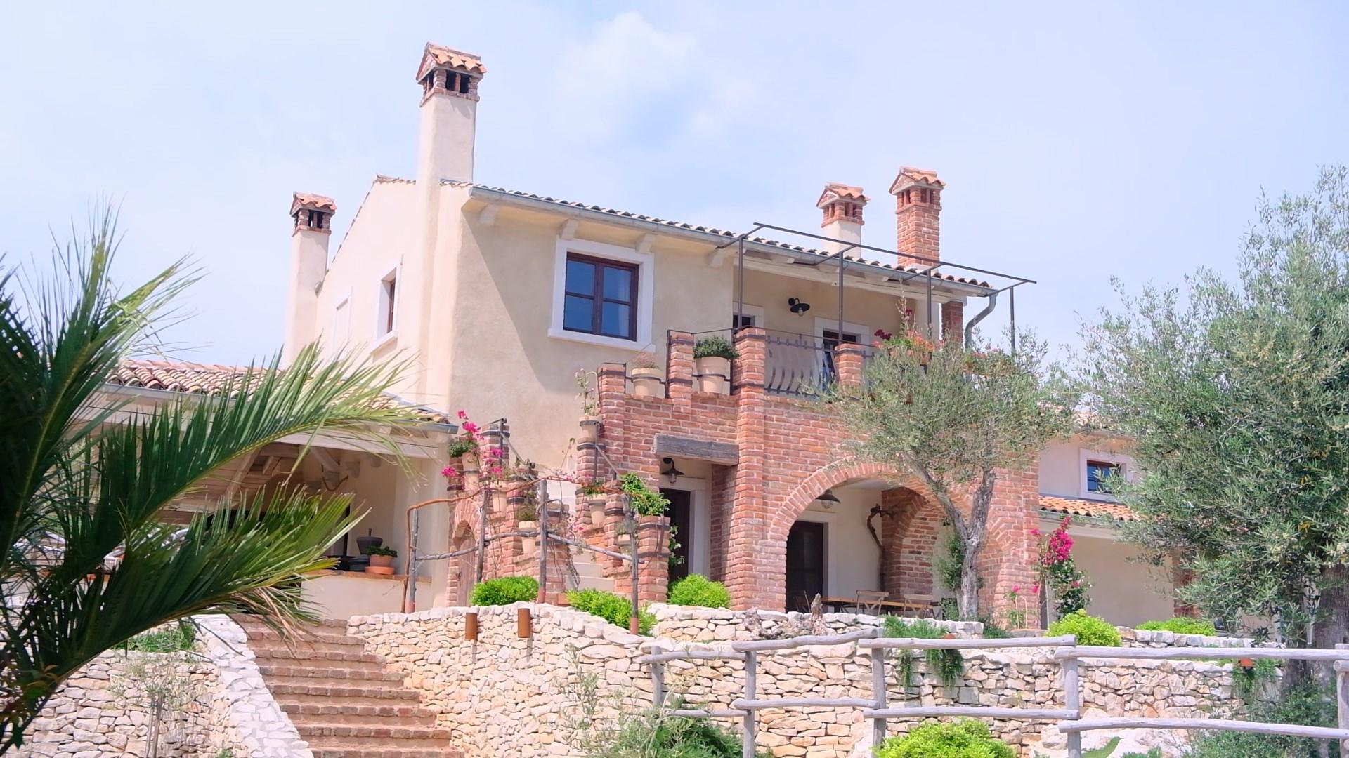 Spoj starog Mediterana i luksuza pronašli smo u vilama Rosa dei Venti u Rapcu