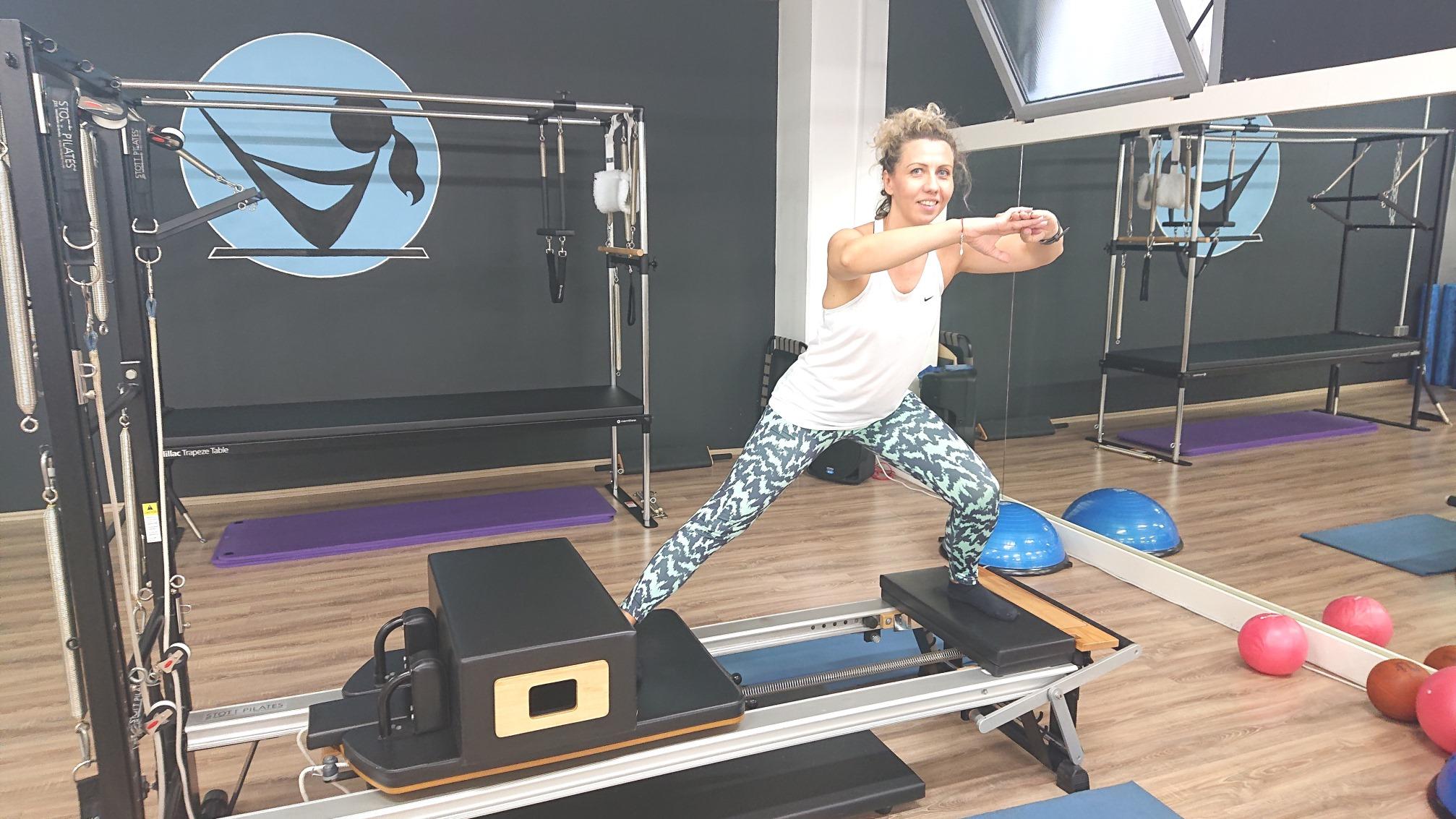 Martina Blažina vježba na pilates spravama uz Jennifer Glumac