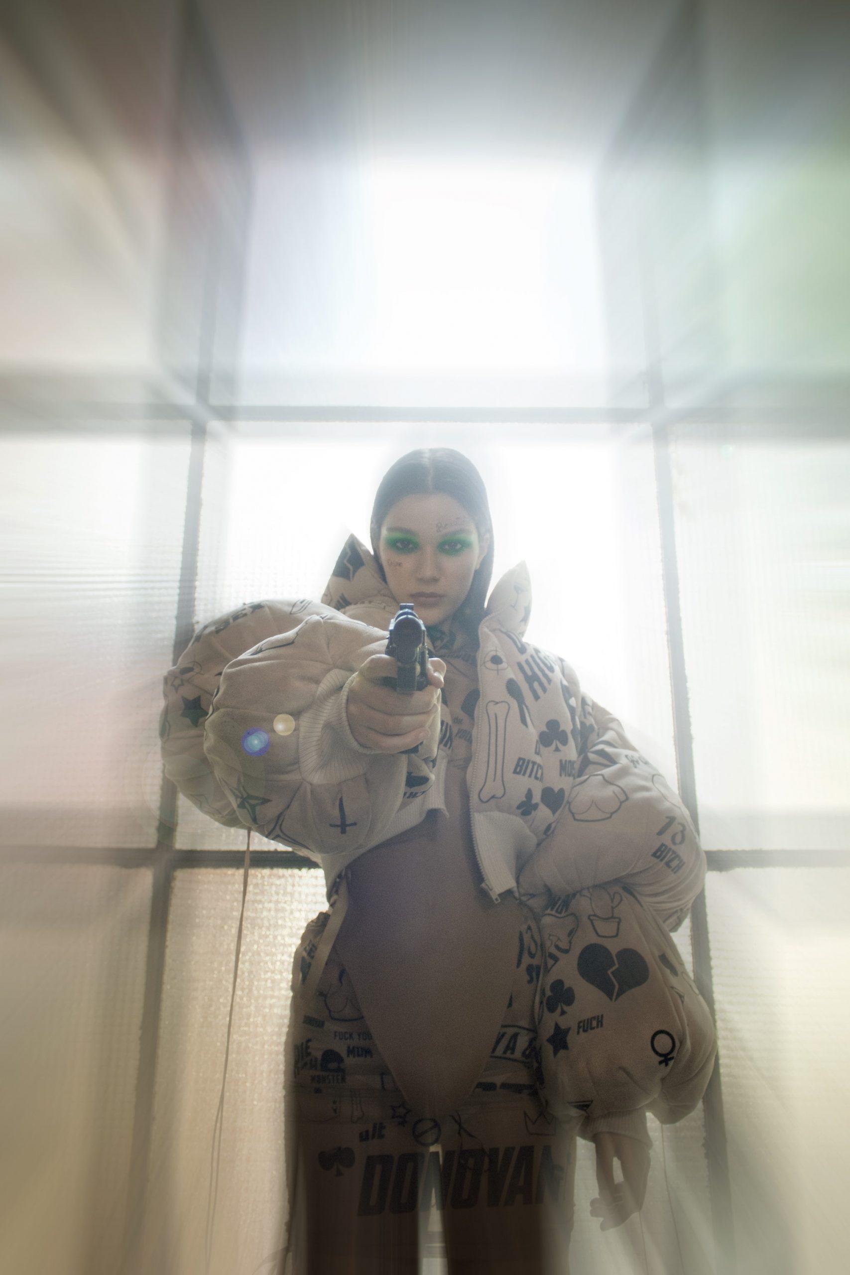 Modni fotograf Donovan Pavleković predstavlja diplomski rad na temu toksičnog maskuliniteta i odnosa prema ženskom tijelu